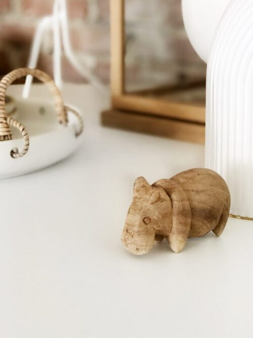 Houten nijlpaardje