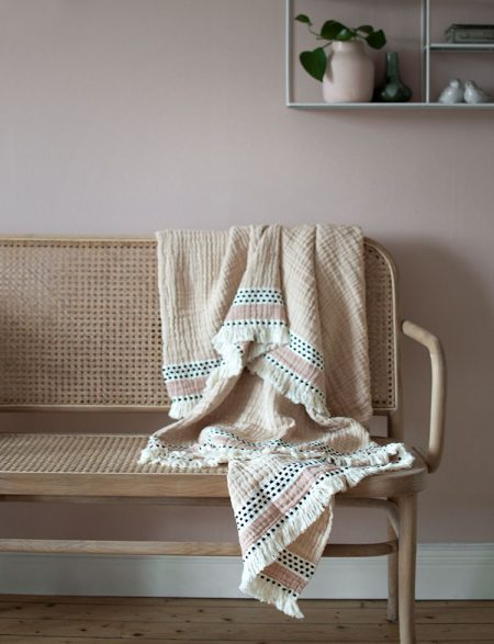 Lina Johansson plaid Serene nude pink